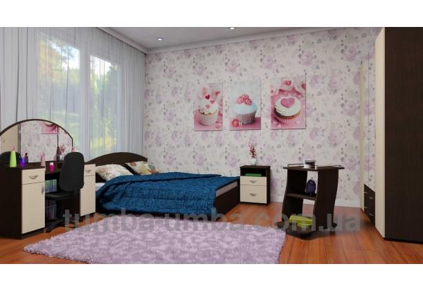 Фото женский туалетный столик-4 трельяж с зеркалами и тумбами для косметики в спальню или прихожую в интерьере спальни дешево от производителя с доставкой по всей Украине